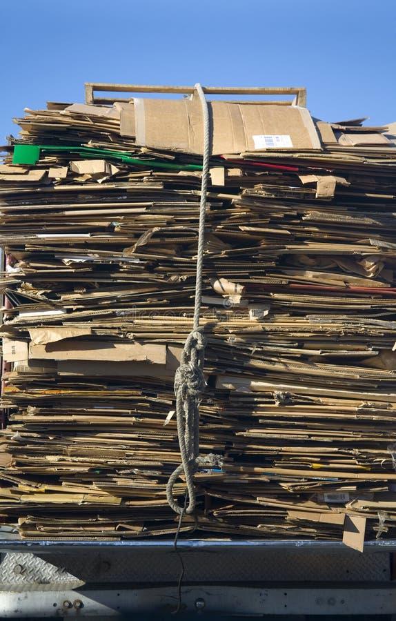 Pappe für die Wiederverwertung lizenzfreies stockbild