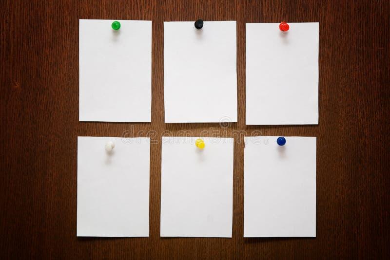 papperen arkivbilder