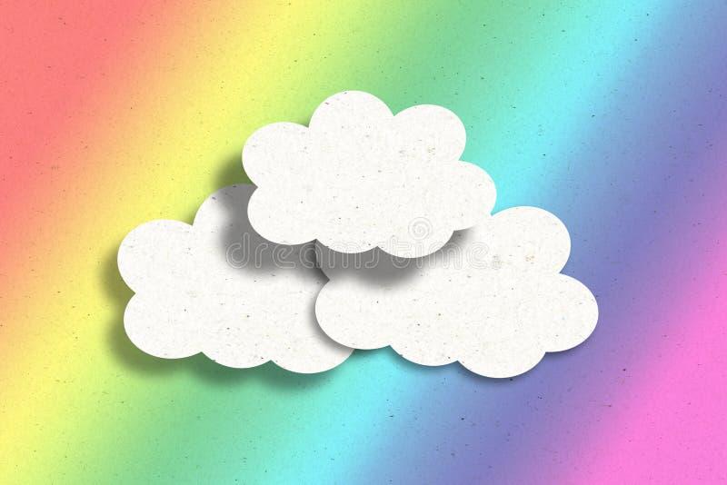 Pappers- moln på regnbågen royaltyfri illustrationer