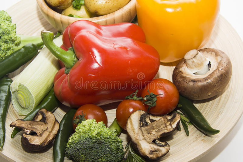 Paprika roja y chiles verdes fotos de archivo libres de regalías