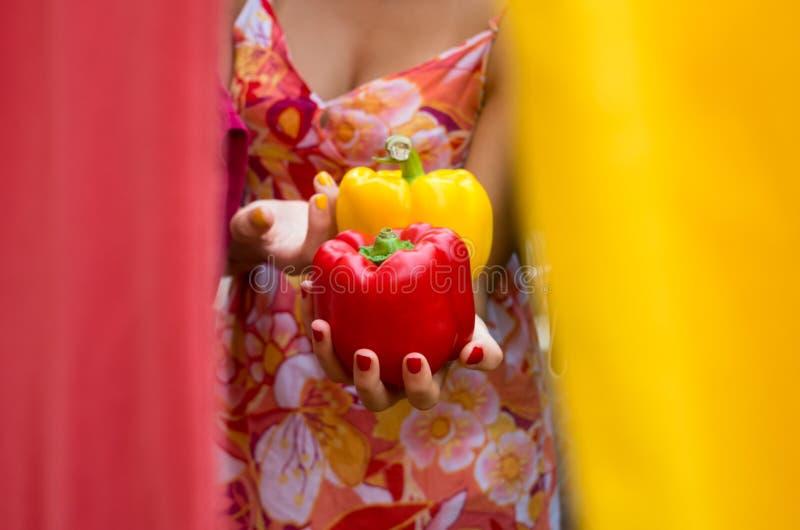 Paprika rouge et jaune de pepperoni photos stock