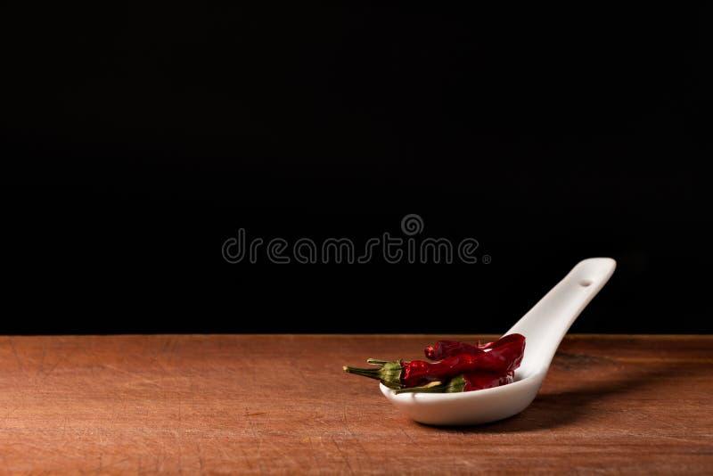 Paprika (spanischer Pfeffer) auf Löffel stockfoto