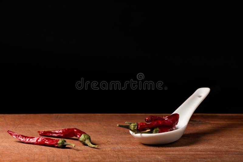 Paprika (spanischer Pfeffer) auf Löffel stockfotos