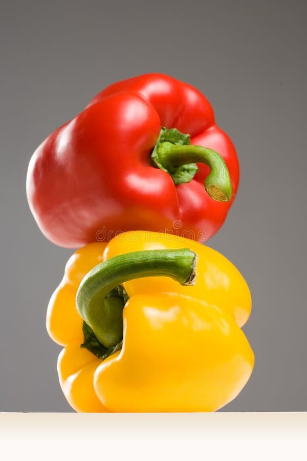 Paprikas très colorés. photo libre de droits