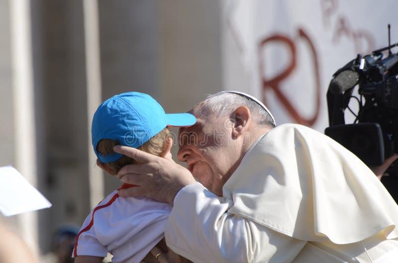 Papst Francis Portrait in der Vatikanstadt lizenzfreie stockfotos