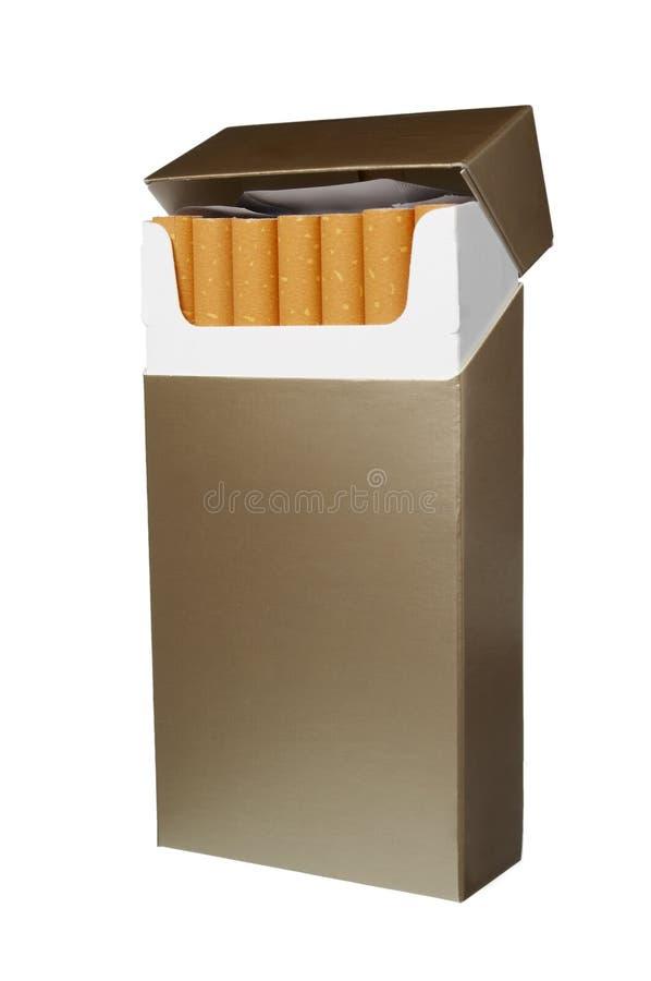 Paquete del cigarrillo imágenes de archivo libres de regalías