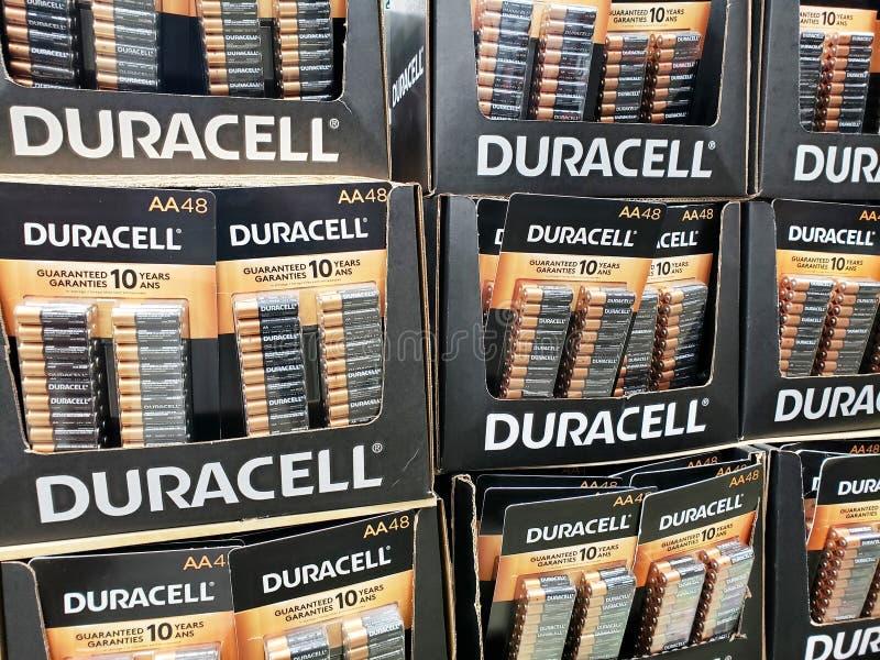 Paquetes de las baterías de Duracell fotografía de archivo libre de regalías
