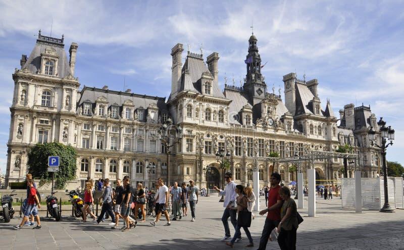 París, agosto 17,2013-Hotel de Ville en París fotos de archivo