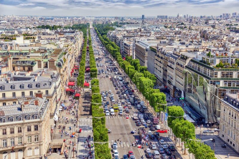PARÍS, FRANCIA - 6 DE JULIO DE 2016: Vista panorámica hermosa de Pari foto de archivo libre de regalías