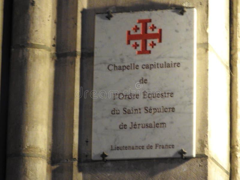 París, Francia - 31 de marzo de 2019: opinión interior de la catedral famosa de Notre Dame Sitio del patrimonio mundial de la UNE imágenes de archivo libres de regalías