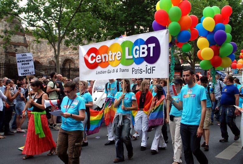 París, Francia: Desfile alegre del orgullo imagen de archivo
