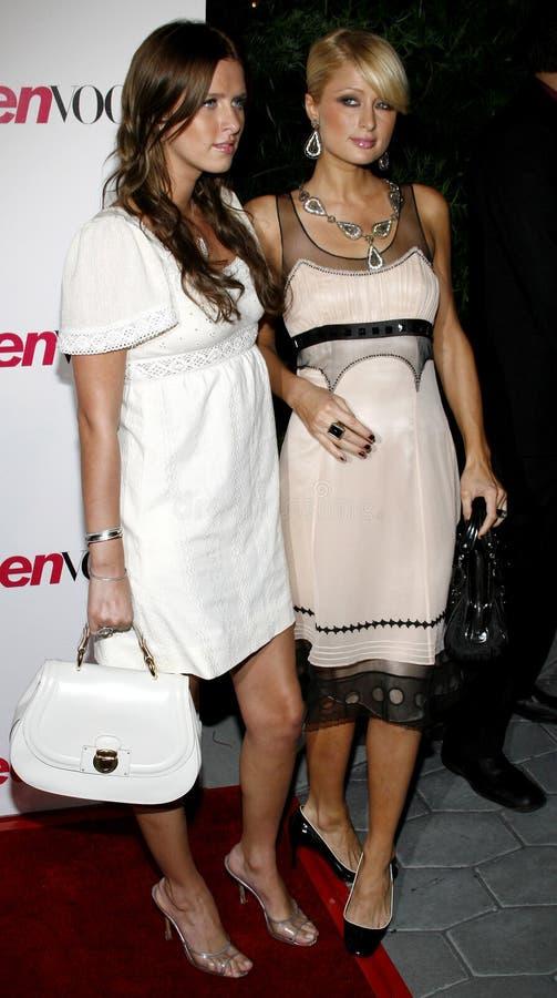 París Hilton y Nicky Hilton imagen de archivo