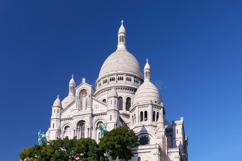 París Montmartre es un día caliente del otoño foto de archivo