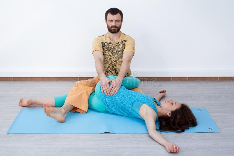 Par ćwiczenia stretching zdjęcia stock
