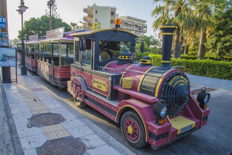 Par chemin de fer en Rhodes photos stock