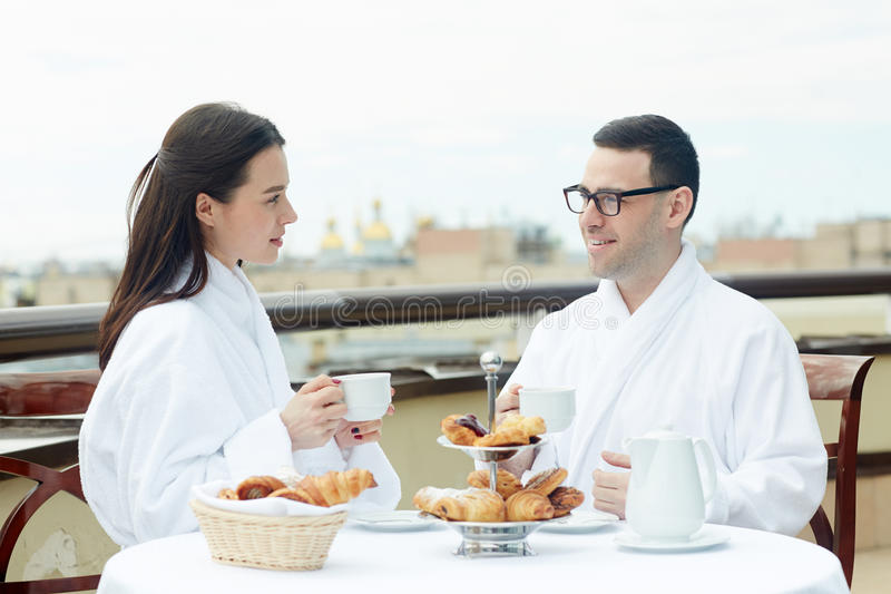 Par i hotell royaltyfria bilder