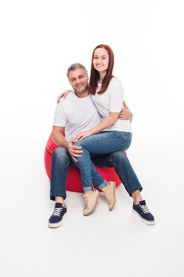 Par i stol för bönapåse arkivbild