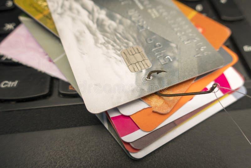 Par la carte de crédit images libres de droits