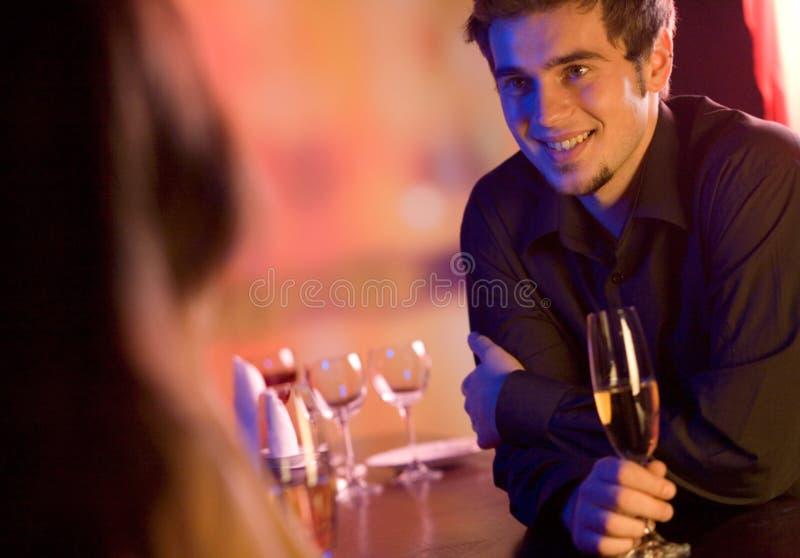 par okularów szampana restauracji young zdjęcia royalty free