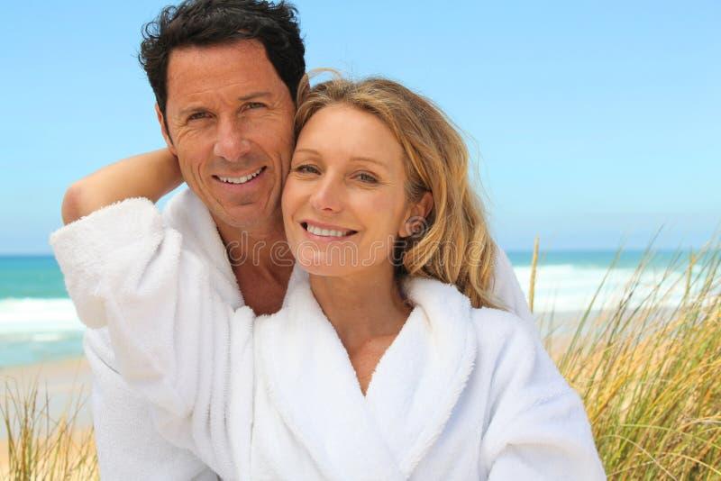Par på semester royaltyfri fotografi