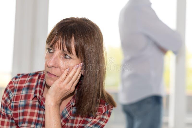 Par som har förhållandeproblem arkivbilder