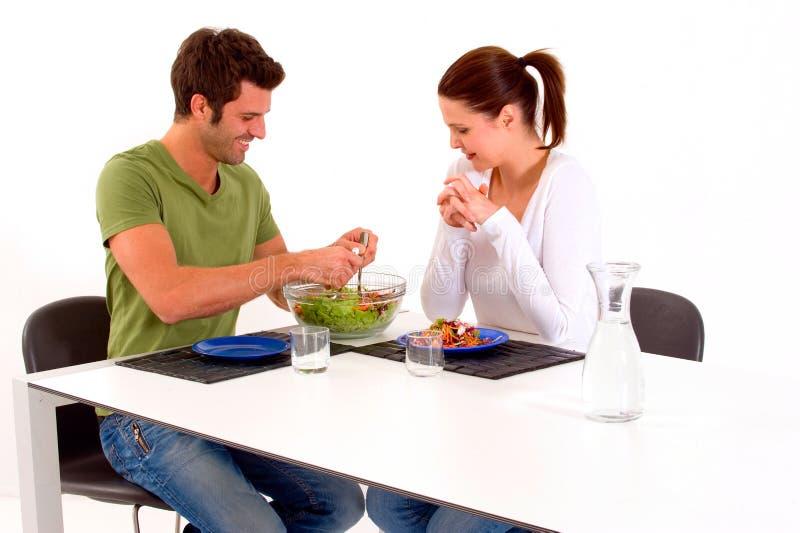 par som har lunch royaltyfria bilder