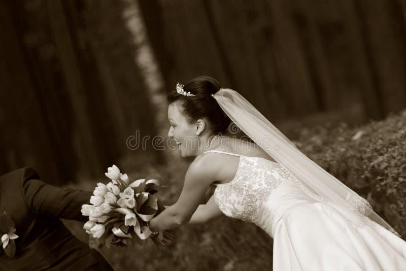 par som nytt att gifta sig arkivfoto