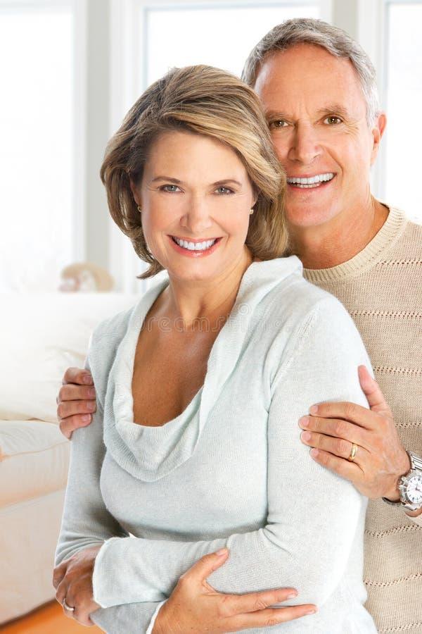 par starsze osoby zdjęcie royalty free