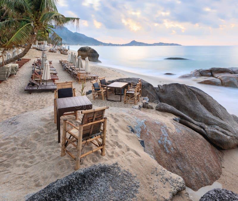 Paraíso tropical asiático da praia imagens de stock