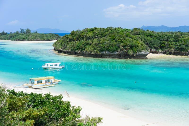 Paraíso tropical de la isla de la laguna de Okinawa fotografía de archivo libre de regalías