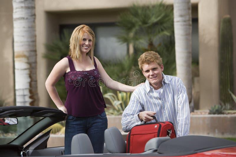 Para Ładowniczy bagaż W samochodzie