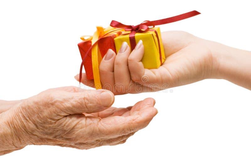 Para dar un regalo foto de archivo libre de regalías