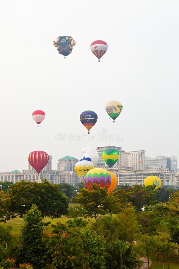 5to Fiesta internacional 2013 del globo del aire caliente de Putrajaya imagen de archivo libre de regalías