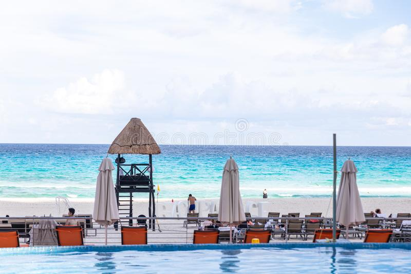 Para?so ex?tico. Concepto del viaje, del turismo y de las vacaciones. Centro tur?stico tropical. Mar del Caribe imagen de archivo