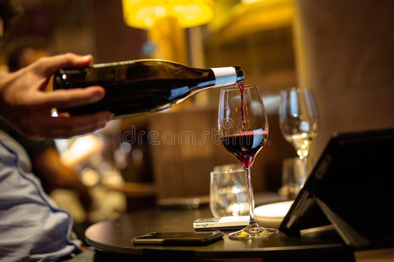 Para för vin royaltyfria foton