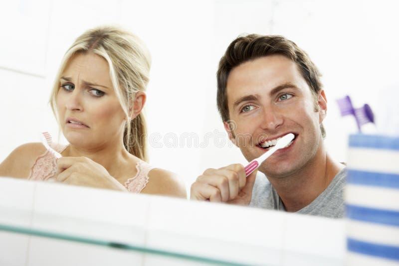para myje zęby do łazienki zdjęcia stock