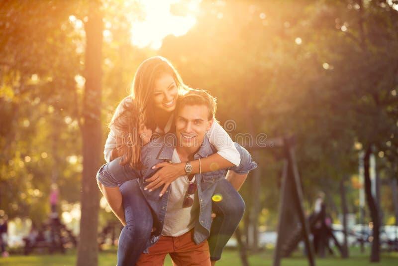 Para piggybacking outdoors zdjęcia royalty free
