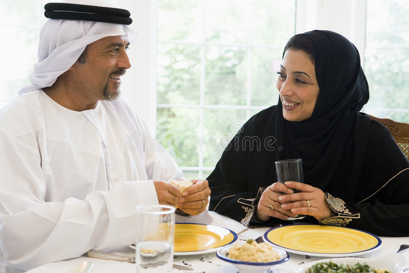 para posiłek wschodni cieszyć się środek zdjęcia royalty free