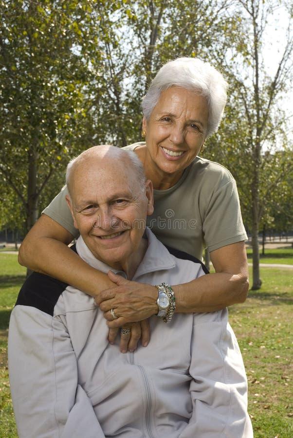 para przystojny kochający senior zdjęcie stock