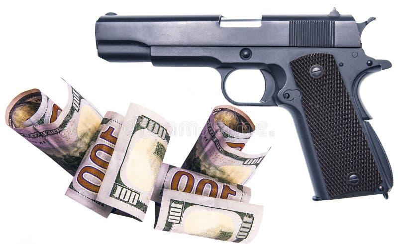 Para que el dinero compre armas ilegal a la mafia fotografía de archivo