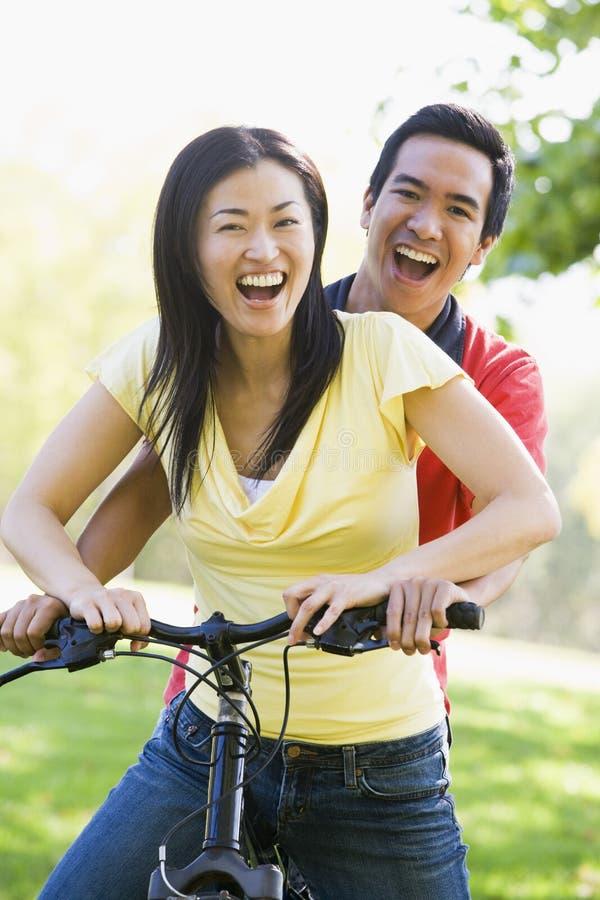 para rower na zewnątrz uśmiecha się zdjęcia stock