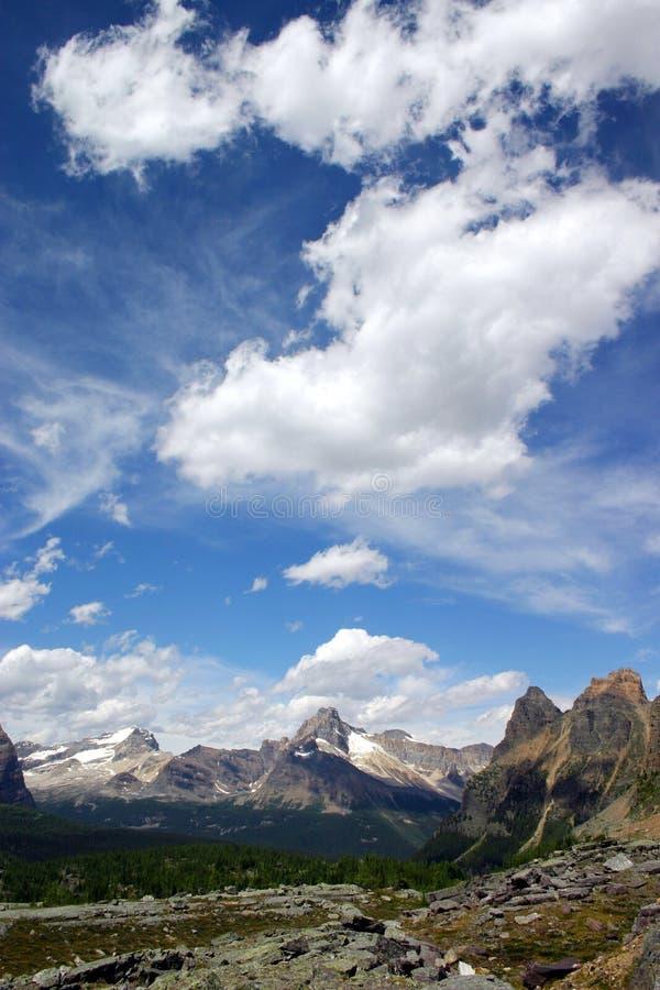 Download Para sempre foto de stock. Imagem de afastado, montanhas - 538682