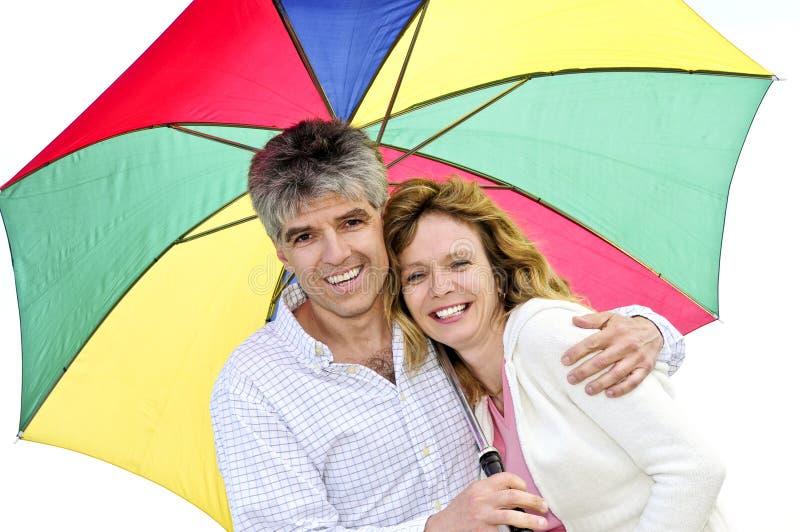 para szczęśliwy dojrzały parasolkę fotografia royalty free
