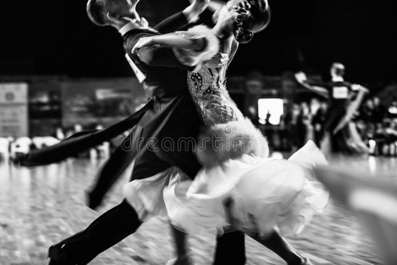 para tancerza taniec towarzyski zdjęcia royalty free