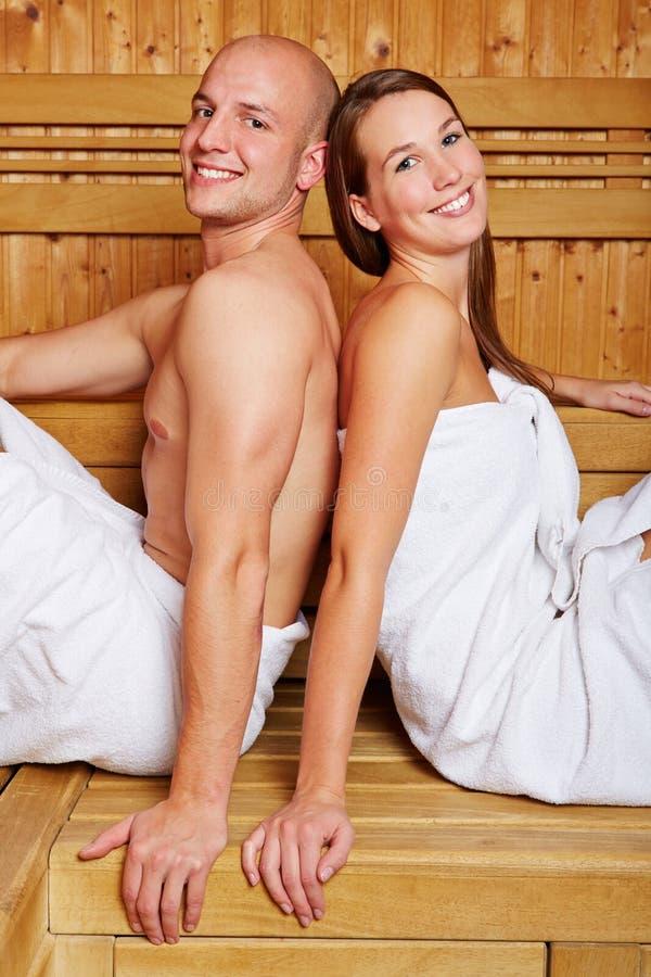 Para w sauna hotel zdjęcie royalty free