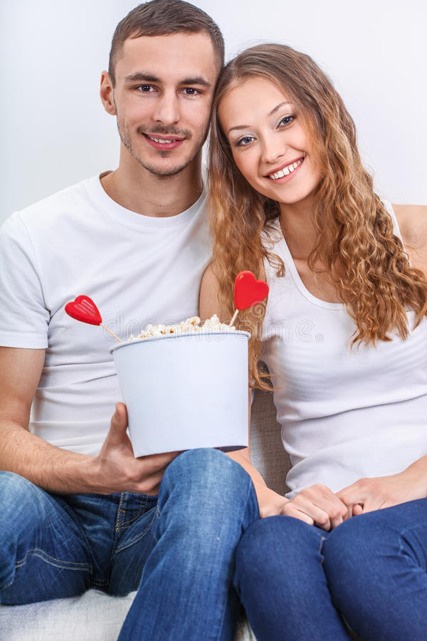 Para z wystrzał kukurudzą fotografia royalty free