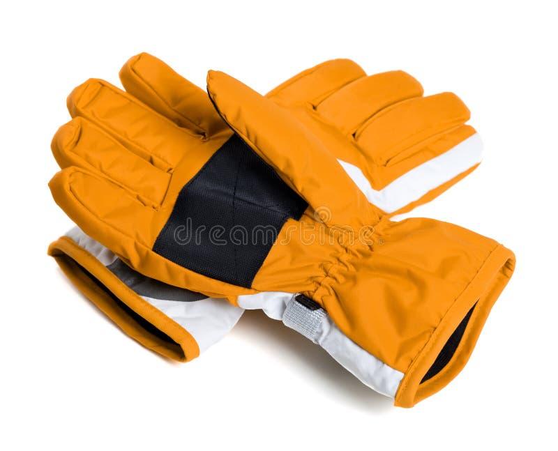 Para zim narciarskie rękawiczki na bielu obraz royalty free