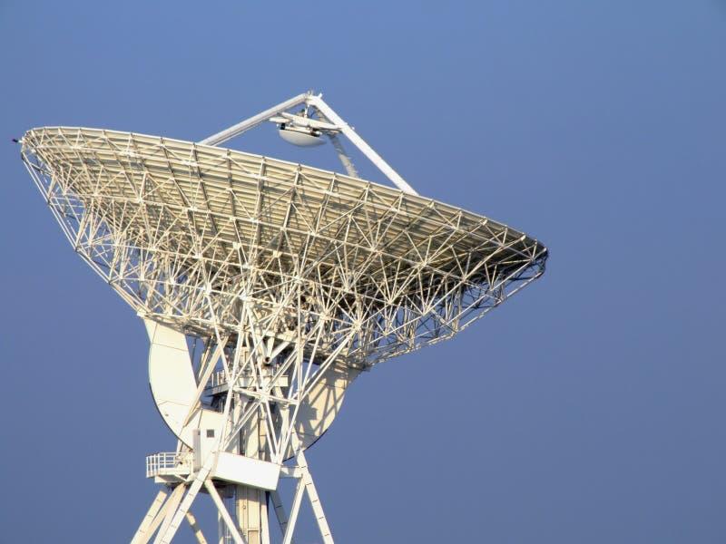 Parabolische Antenne stockbild