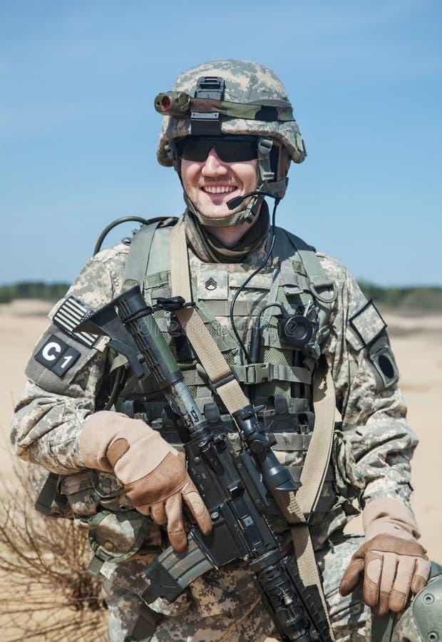 Download Paracadutista Degli Stati Uniti Fotografia Stock - Immagine di closeup, vestiti: 55352596