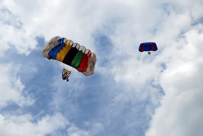 Paracaidistas fotografía de archivo libre de regalías